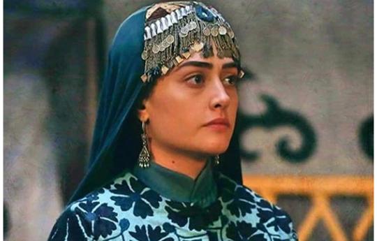 تُرک اداکارہ ایسرابالجیک کی پاکستانی قوم سےتعزیت