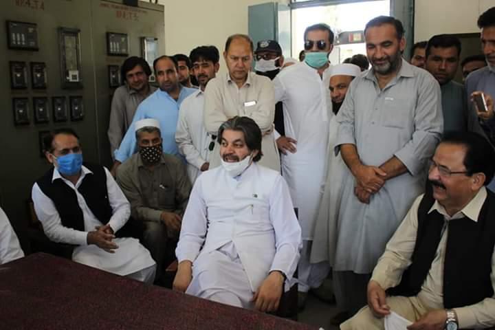 علی محمد خان نے شیرگڑھ،جلالہ میں گریڈ اسٹیشن کا افتتاح کیا