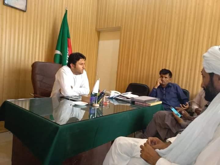 لیہ : وزیر اعلی شکایت سیل شمس خان نیازی کا عوامی مسائل پر غوروفکر