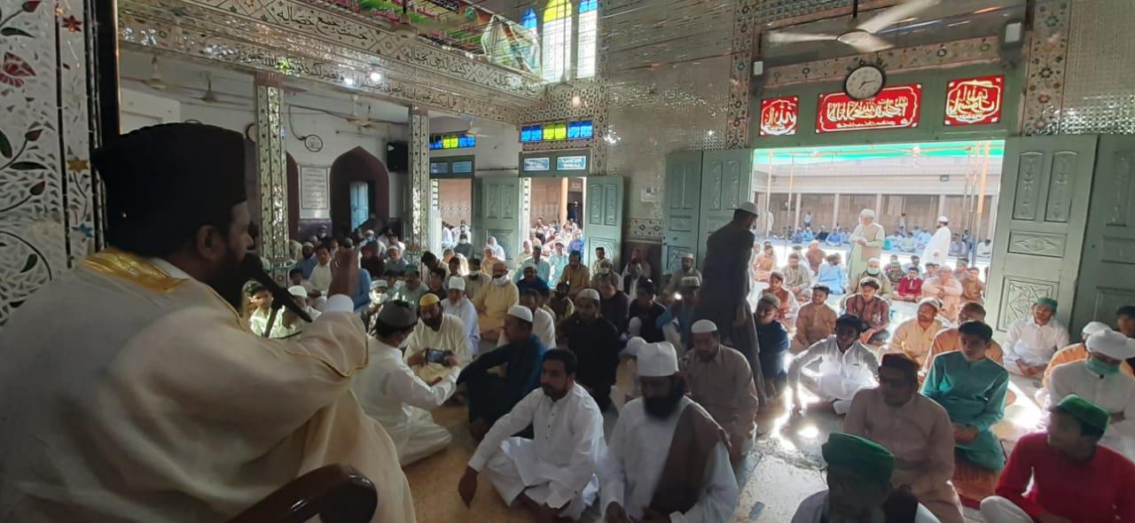نارووال : عیدالفطر کی نماز کا مرکزی اجتماع جامع مسجد شاہ جماعت میں ہوا