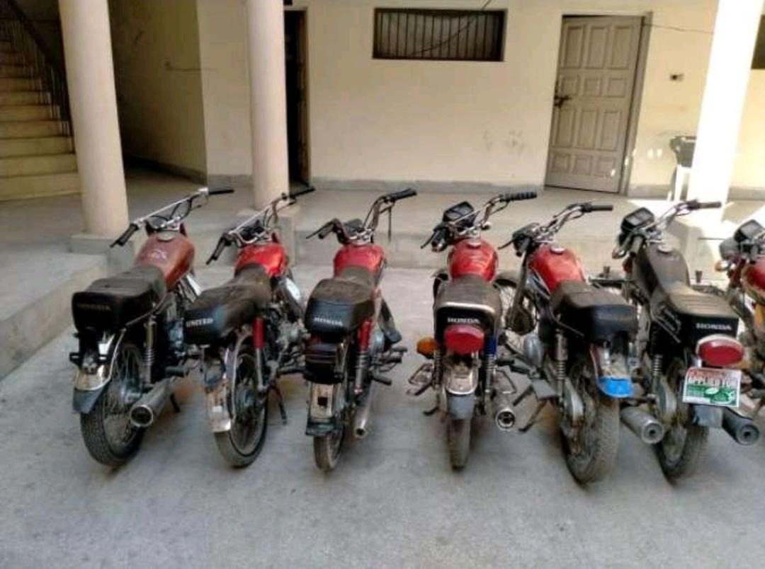 موٹر سائیکل چور گینگ گرفتار