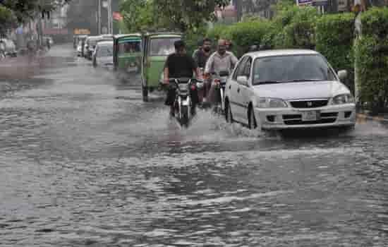 پشاور : مسولادھار بارش