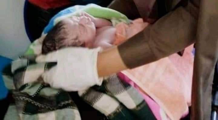 نوشہرہ : ریسکیو 1122 ایمبولینس میں بچے کی پیدائش