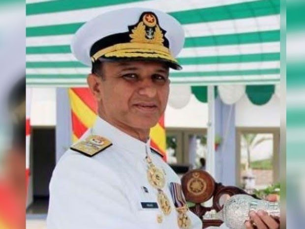 وائس ایڈمرل امجد خان نیازی پاک بحریہ کے نئے سربراہ مقرر