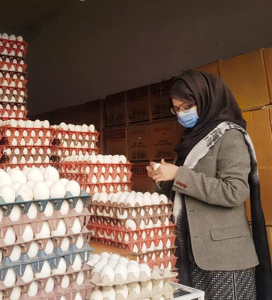 عوام کی شکایات پر اسسٹنٹ کمشنر سٹی کوئٹہ کا انڈے بیچنے والوں کی دوکانوں کا دورہ