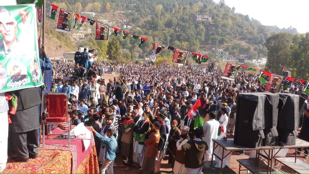 آذاد کشمیر جاوید اقبال بڈھانوی کی قیادت میں تاریخی جلسہ
