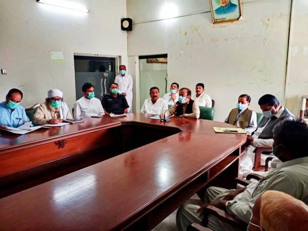 سندھ میں گندم آٹے کی کوئی قلت نہیں , پی پی کے رکن اسمبلی رانا ہمیر سنگھ نے دعویٰ کردیا