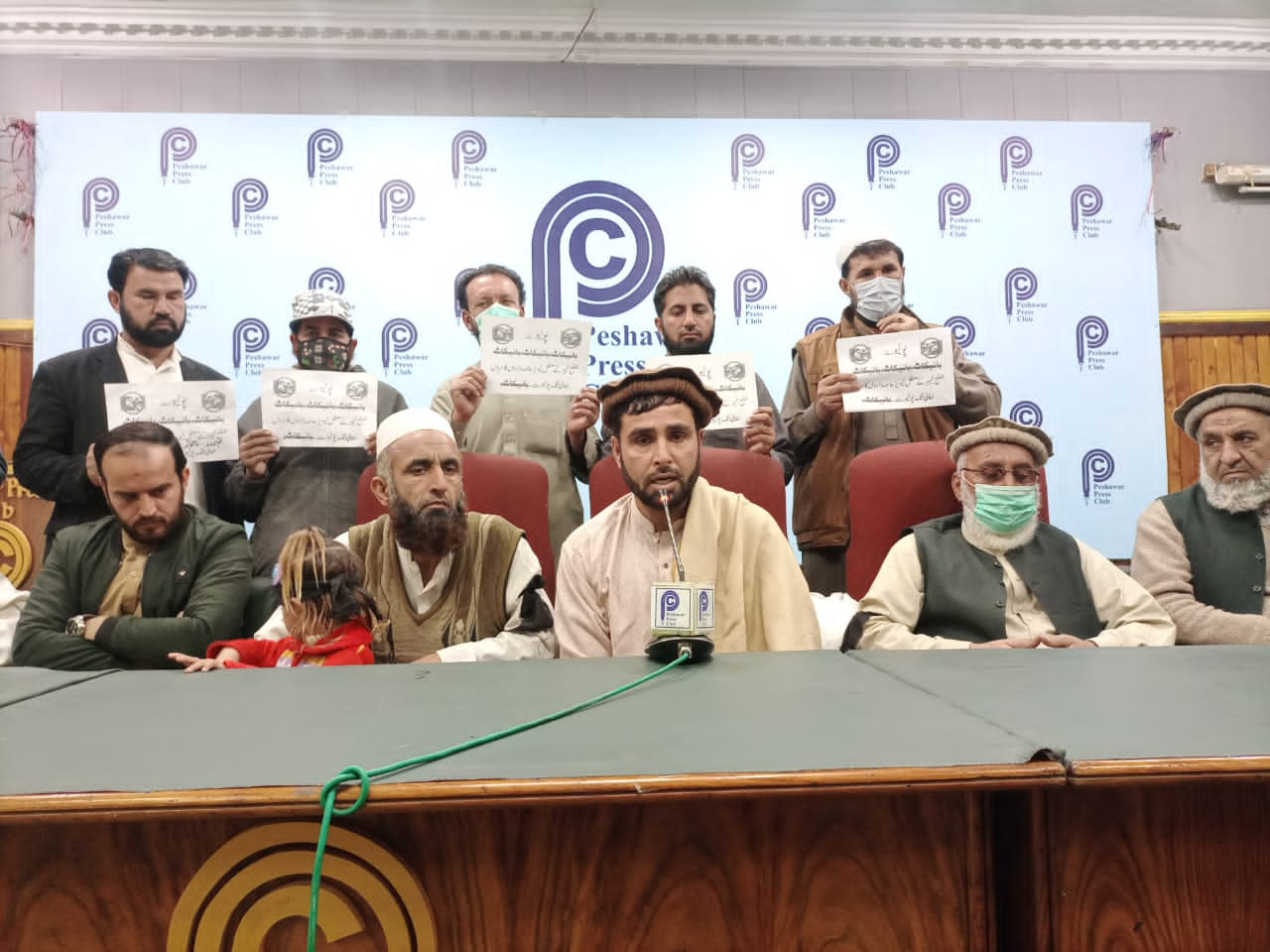 خیبر باڑہ قبائلی اضلاع کے معطل لیویز اور خاصہ داروں نے انسدادِ پولیو مہم سے مکمل بائیکاٹ کا اعلان کردیا