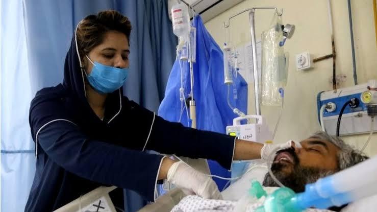 سندھ میں کورونا کے وار جاری ، مزید 17 افراد جان کی بازی ہار گئے