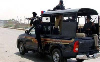 کندھ کو ٹ : پولیس مقابلہ