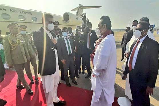 وزیراعظم عمران خان سری لنکا پہنچ گئے، کولمبو ائیرپورٹ پر استقبالیہ تقریب