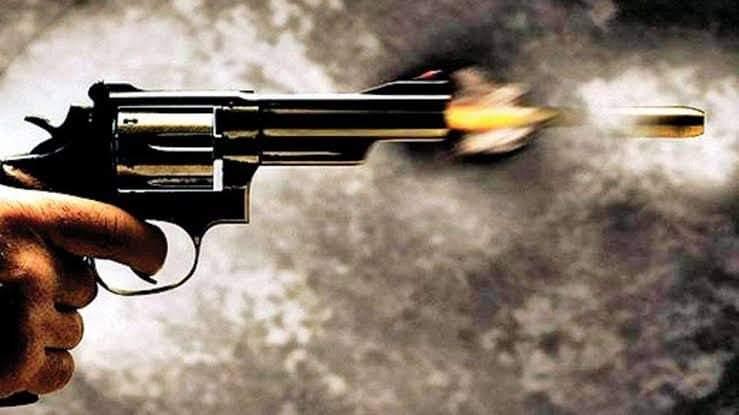 محلہ شیخوپورہ  نوجوان نے خود کو گولی مار لی