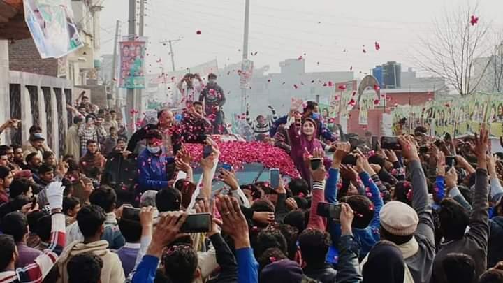 نائب صدر مسلم لیگ ن مریم نواز لوڑھکی اور واہلہ آمد پے پرجوش استقبال