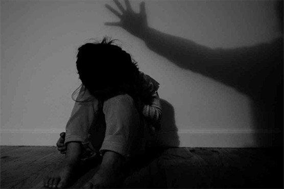 وزیر آباد:گھر پڑھانے کیلئے آنیوالے قاری کی بچے سے مبینہ زیا دتی