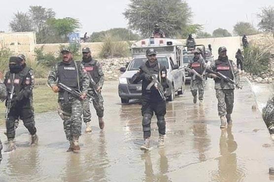 راجن پور کے علاقہ کچے میں رینجرز کا آپریشن جاری