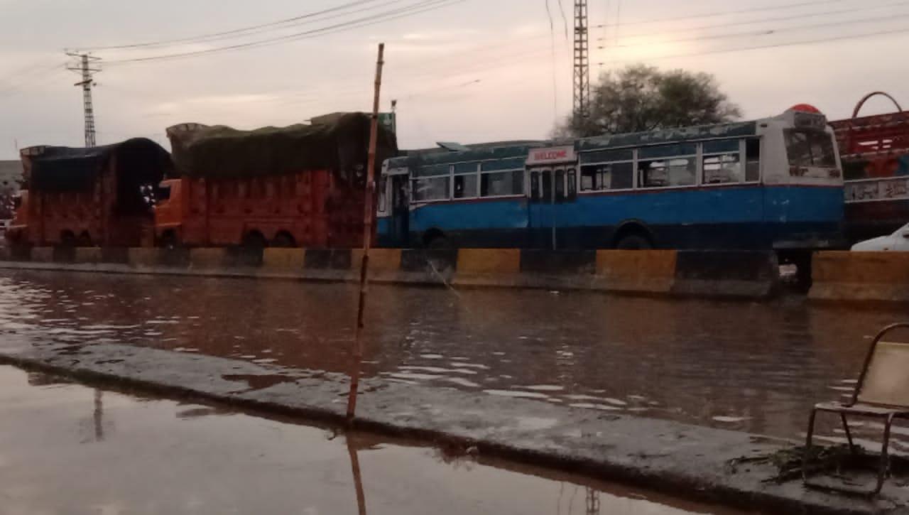 الہ آباد میں موسلا دھار بارش سے گرمی کا زور ٹوٹ گیا
