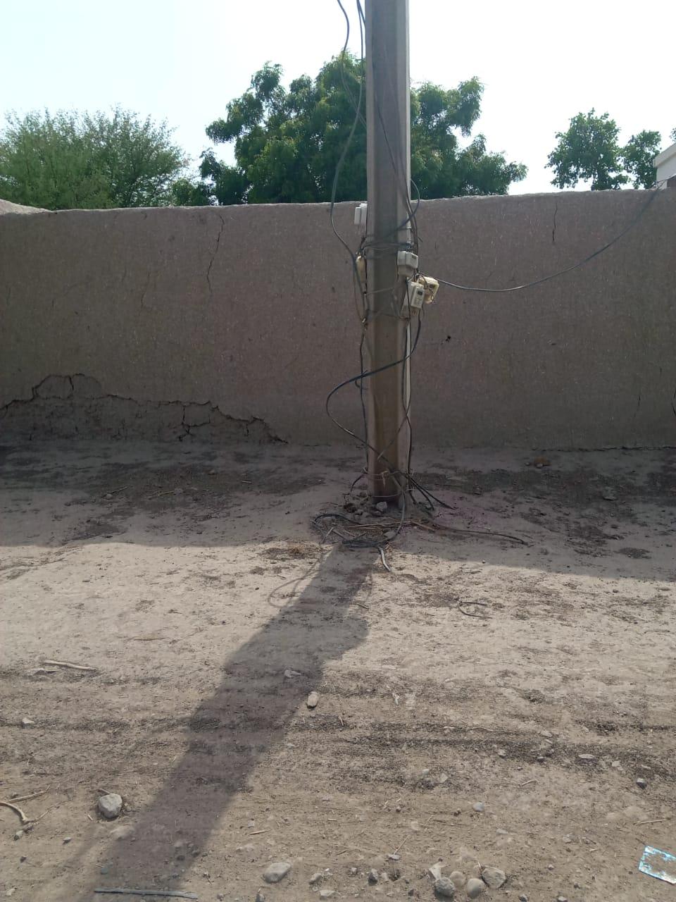 صادق آباد کے نواحی علاقہ میرے شاہ چوک اور بابا چن پیر رح  بجلی کا نظام خراب