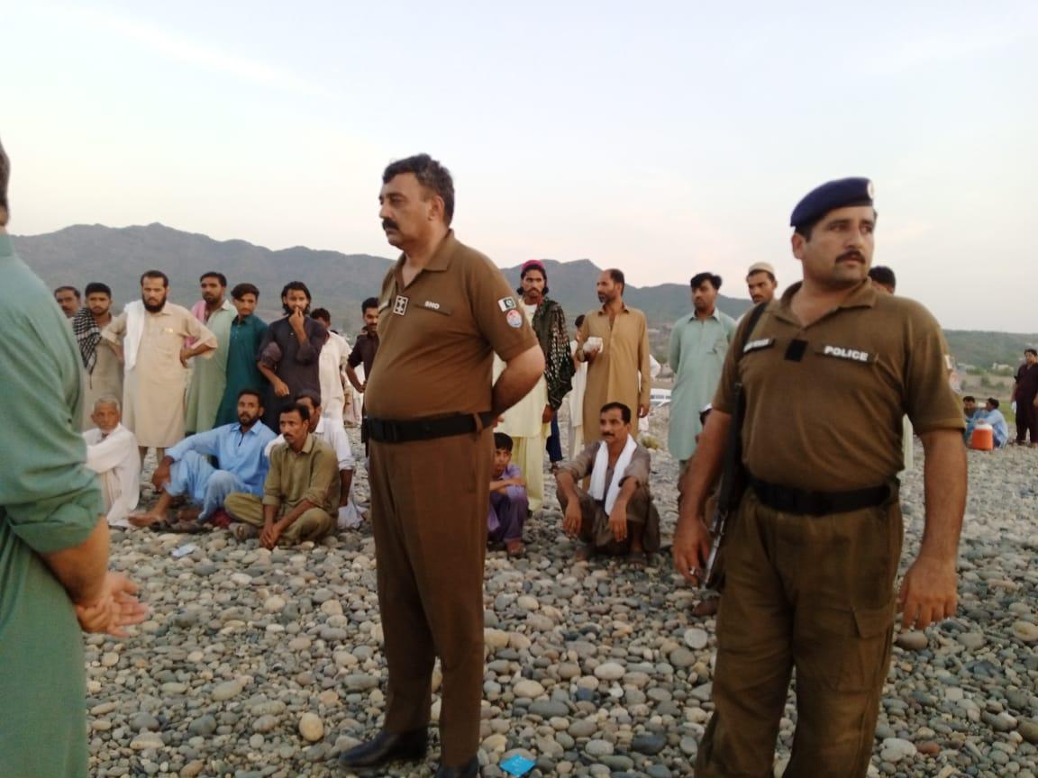 دریائے سندھ اٹک کے مقام پر  دریا میں نہاتے ہوئے ڈوب گئے