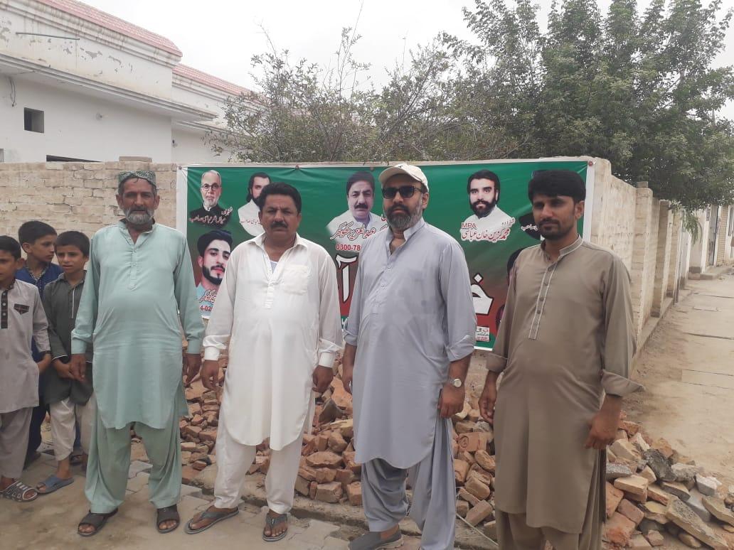 ایم پی اے شہزادہ گزین خان عباسی صاحب نے بستی نیل میں مکمل  ہونے والے ترقیاتی کاموں  کا جائزہ