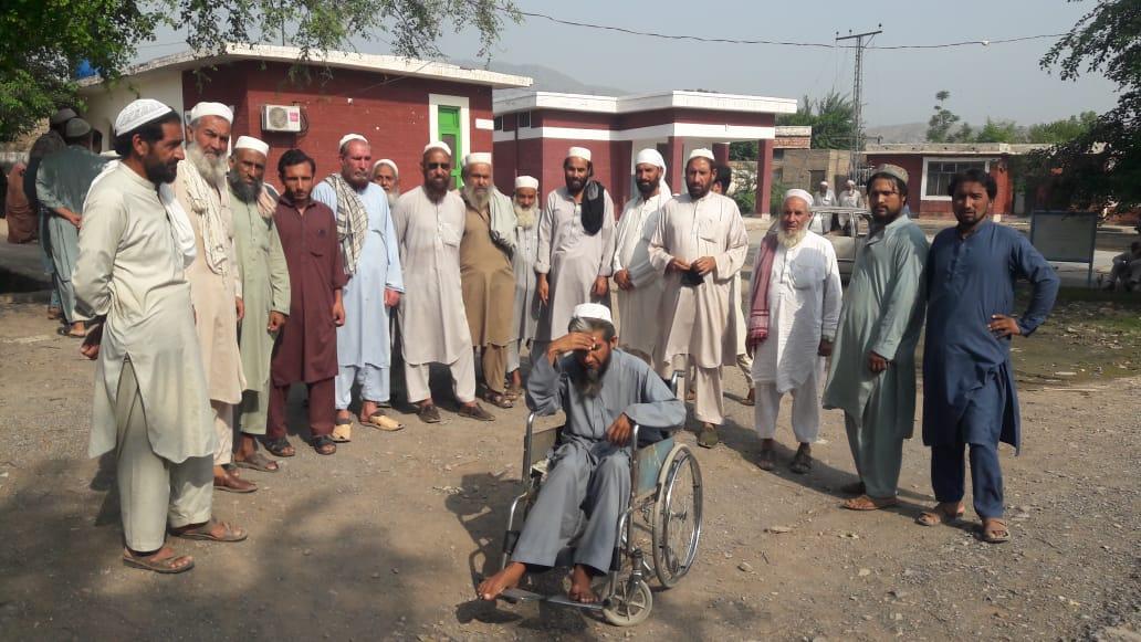 خیبر تحصیل باڑہ بر قمبرخیل ۔بی۔ایچ۔یو۔جانباز ہسپتال میں کرونا ویکسین موجود نہیں