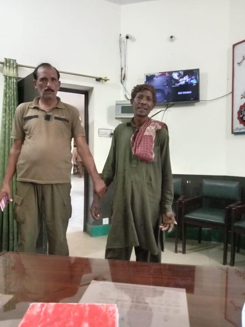 پولیس کا ضلع بھر میں پیشہ ور گداگروں کے خلاف کریک ڈاﺅن